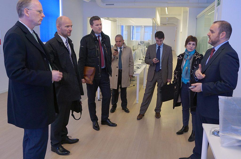 Delegación noruega, encabezada por el embajador, interesada en colaborar en proyectos andaluces de ciudades inteligentes