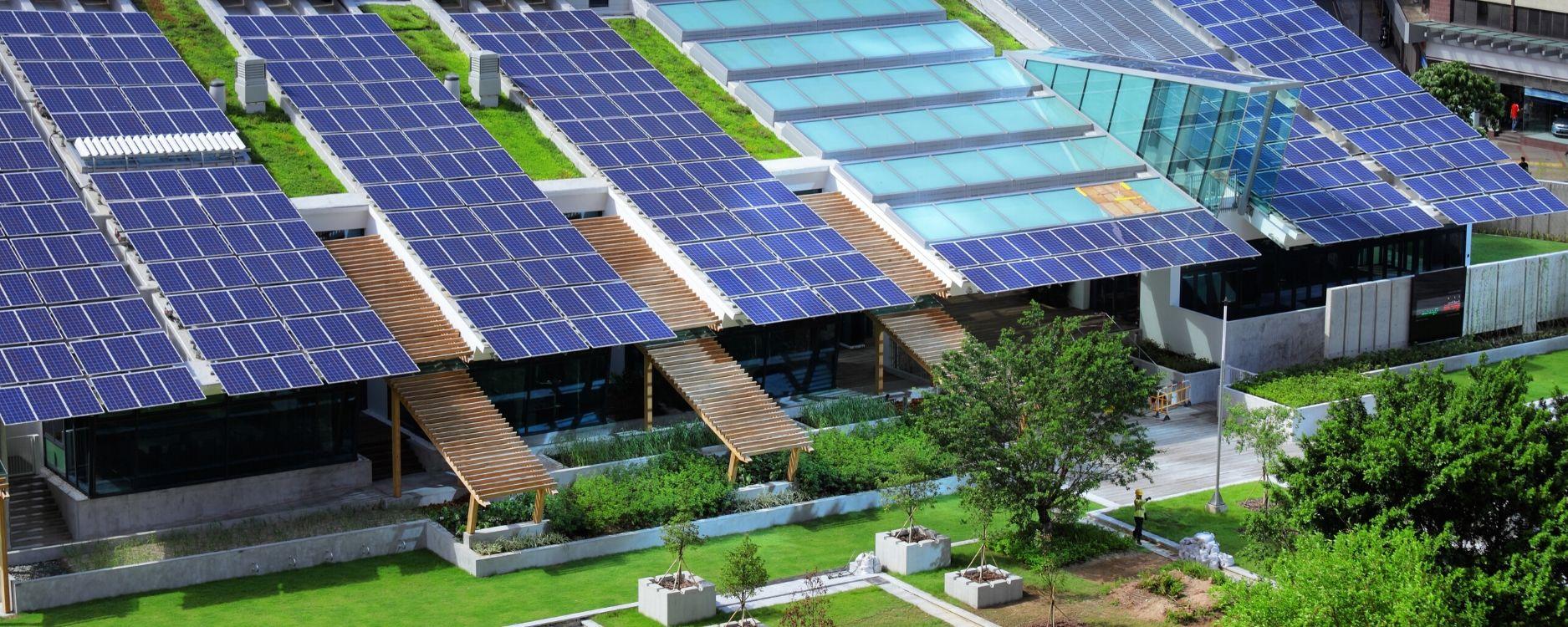 placas solares en edificios para autoconsumo en edificación sostenible